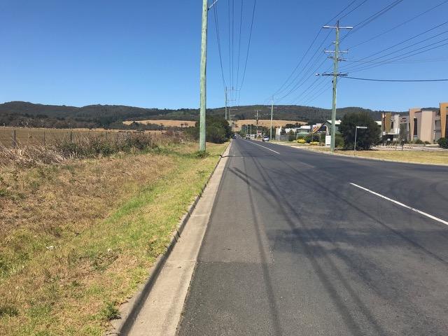 Volt Farmer Collins Road towards Arthurs Seat